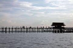Paesaggio del lago Myanmar, ponticello di U-Bein in Amarapura Fotografie Stock Libere da Diritti