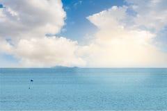 Paesaggio del mare con alba e la nuvola Fotografia Stock Libera da Diritti