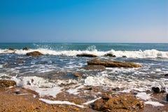 Paesaggio del mare di un'onda fotografia stock