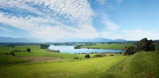 Paesaggio del paesaggio con il cielo a pecorelle Fotografia Stock Libera da Diritti
