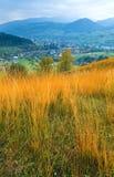 Paesaggio del paese della montagna di autunno Fotografia Stock Libera da Diritti