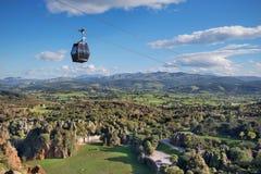 Paesaggio del parco naturale di Cabarceno in Cantabria, Spagna immagini stock libere da diritti