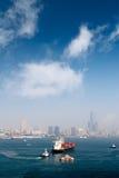 Paesaggio del porto con il cargo immagine stock