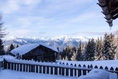 Paesaggio del sud delle montagne delle alpi della neve di Tirol Fotografia Stock