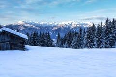 Paesaggio del sud delle montagne delle alpi della neve di Tirol Immagine Stock Libera da Diritti