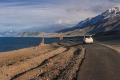 Paesaggio del TSO della fitta della montagna dell'Himalaya nel ladakh, leh India Fotografia Stock