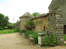 Paesaggio del villaggio della Borgogna fotografia stock