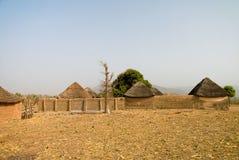Paesaggio del villaggio della tribù di Dowayo, Poli, Camerun Immagine Stock