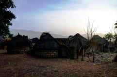 Paesaggio del villaggio della tribù di Dowayo, Poli, Camerun Immagini Stock