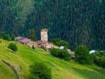 Paesaggio del villaggio di Ieli in Svaneti Fotografie Stock Libere da Diritti