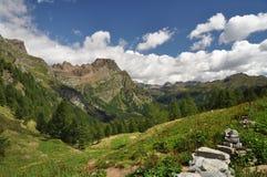 Paesaggio dell'alta montagna Fotografie Stock