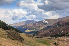 Paesaggio dell'alta montagna in Romania Fotografia Stock