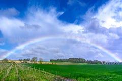 Paesaggio dell'arcobaleno in Francia Immagini Stock