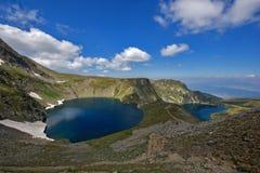 Paesaggio dell'occhio e dei laghi kidney, i sette laghi Rila, Bulgaria Fotografie Stock
