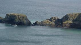 Paesaggio dell'Oceano Atlantico dall'Irlanda del Nord fotografia stock libera da diritti
