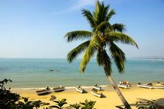 Paesaggio della baia di Sanya, Hainan, Cina Immagini Stock Libere da Diritti