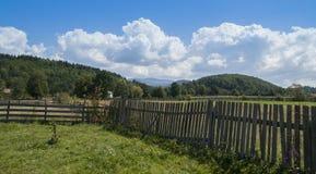 Paesaggio della campagna nella Transilvania immagine stock
