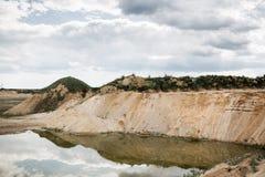 Paesaggio della cava della ghiaia Fotografia Stock