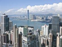 Paesaggio della città di Hong Kong da una vista di occhio dell'uccello Immagine Stock