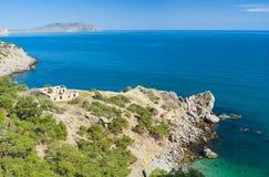 Paesaggio della Crimea con la riva di Mar Nero Fotografia Stock Libera da Diritti