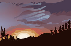 Paesaggio della foresta, del tramonto, delle nuvole e di bello cielo Immagine Stock