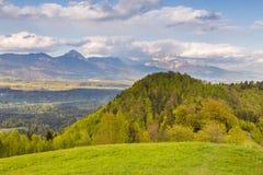 Paesaggio della montagna alle alpi di Kamnik-Savinja Fotografia Stock