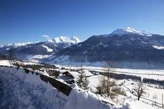Paesaggio della montagna in alpi austriache Fotografie Stock