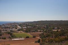 Paesaggio della montagna con alcune case Fotografia Stock Libera da Diritti