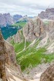 Paesaggio della montagna con cielo blu in dolomia Fotografie Stock Libere da Diritti