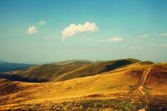 Paesaggio della montagna con i retro colori Fotografia Stock Libera da Diritti