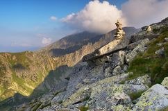 Paesaggio della montagna con le rocce Immagine Stock