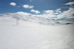 Paesaggio della montagna con neve immagini stock