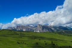 Paesaggio della montagna delle alpi di estate Fotografia Stock