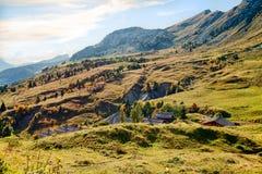 Paesaggio della montagna di autunno in alpi Immagine Stock