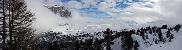Paesaggio della montagna di inverno nelle alpi Immagine Stock Libera da Diritti