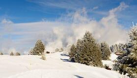 Paesaggio della montagna di inverno nelle alpi francesi Fotografie Stock Libere da Diritti