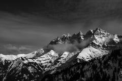 Paesaggio della montagna di Snowy Fotografia Stock