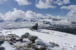 Paesaggio della montagna di Snowy - le alpi Immagini Stock Libere da Diritti