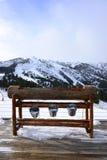 Paesaggio della montagna di Snowy, paesaggio bianco di inverno Immagini Stock