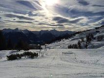 Paesaggio della montagna di Snowy in vipiteno in negativo per la stampa di cartamoneta Adige di trentino Fotografie Stock Libere da Diritti