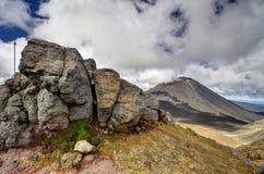 Paesaggio della montagna, incrocio alpino di Tongariro Fotografie Stock Libere da Diritti