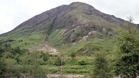 Paesaggio della montagna lungo il A82 in Scozia Immagini Stock Libere da Diritti