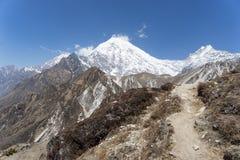 Paesaggio della montagna nel Nepal Immagini Stock