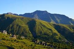 Paesaggio della montagna nella montagna di Pirenei fotografia stock