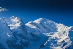 Paesaggio della montagna nelle alpi francesi di estate Fotografie Stock Libere da Diritti