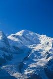 Paesaggio della montagna nelle alpi francesi di estate Immagine Stock