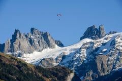 Paesaggio della montagna sopra il villaggio di Engelberg sulla Svizzera Fotografia Stock Libera da Diritti