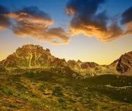 Paesaggio della montagna sopra Tavate nelle alpi della Svizzera Immagini Stock Libere da Diritti