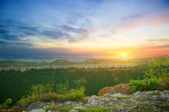 Paesaggio della montagna sul tramonto. Fotografia Stock Libera da Diritti