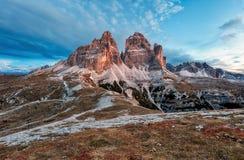 Paesaggio della montagna - Tre Cime di Lavaredo, dolomia, Italia Fotografia Stock